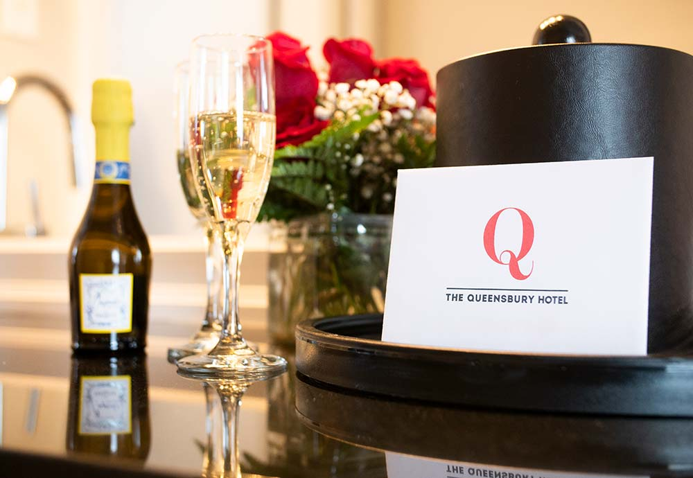 hotel ice bucket, not card and champagne