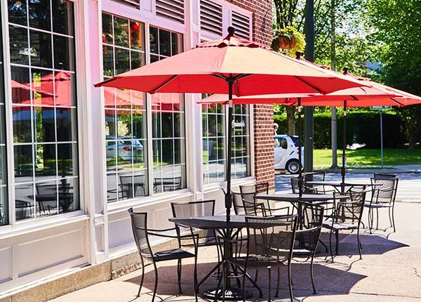 outdoor patio dining area